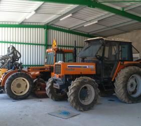 Tracteur, agroéquipement